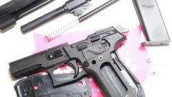 画像:投稿「握り心地がよかったです。 New KSC P226R(HW) 旧型と違うところ♡」のサムネイル画像