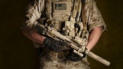 画像:投稿「SEALsのMP7などによく付けてあるアレ MP7用 GPSポーチ」のサムネイル画像