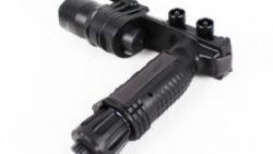 画像:投稿「SF M910タイプ LEDタクティカルフラッシュライト BK」のサムネイル画像